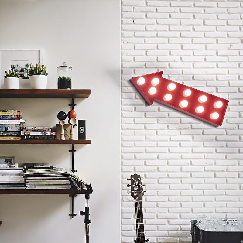 Applique flèche lumineuse Circus 9 lumières rouge