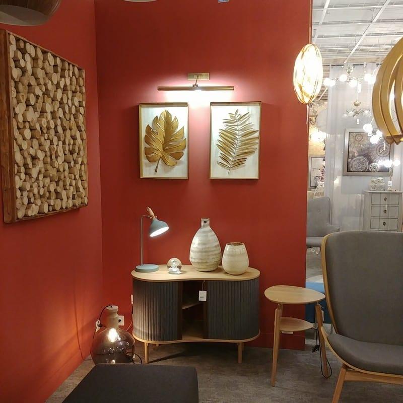 Décor magasin Fluor Luminaires Isneauville